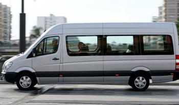 Minibus 16 places full