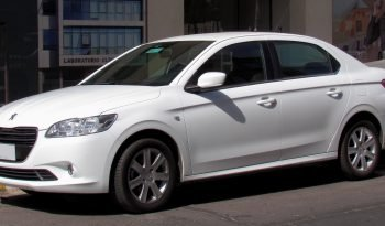 Location Peugeot 301 full